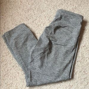 Old Navy Active 7/8 Go Dry Legging